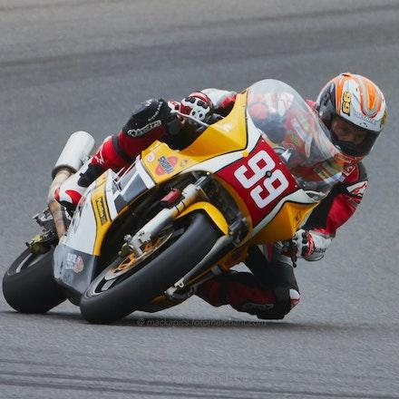 Jeremy McWIlliams - Siberia, Race 4    1984 Yamaha Harris F1 (1297cc) (File: 1603)