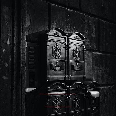 Roman mailboxes
