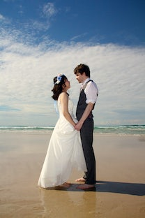 wedding ~ David & Kaori - Currumbin Beach Vikings Surf Club Wedding ~ July 2015