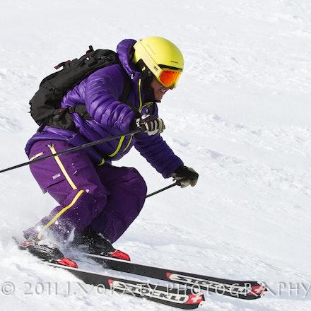 1103_Carlos_Skiing_019