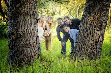 Internet HiRes 572 Nawava Family - 17th May 2014 - Centennial Park - Family Portrait - sydney family photographer