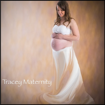 Tracey and Shane, Maternity