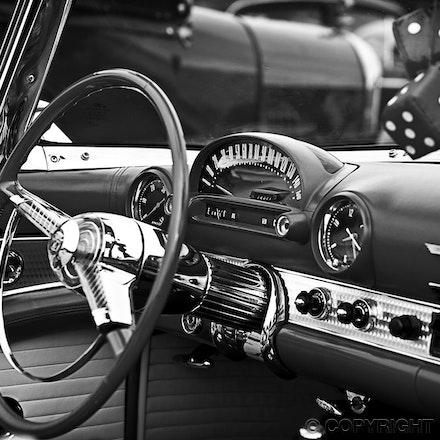Thunderbird B&W