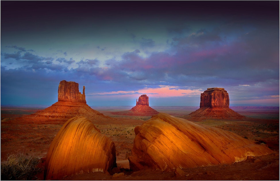 Monument-Valley-Dusk-U09108-11x17
