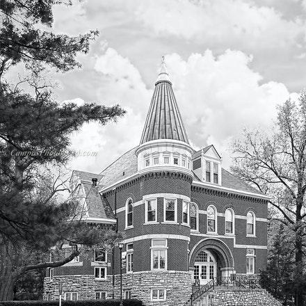 Ezra Gillis Building, University of Kentucky/Black and White Photo_2430_55 - Photo by Campus Photos USA. The Ezra Gillis Building on the college campus...